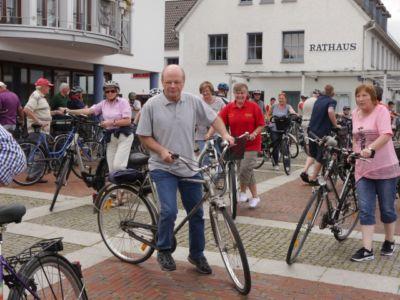 Fahrradwanderung Zur Heidebluetezeit 2 20160822 1812044450