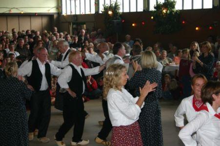 Holzschuhtanz Bei Der Herbstkirmes 20120327 1771944135