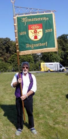 Umzug Heiligenkirchen 27 20150827 1141636677